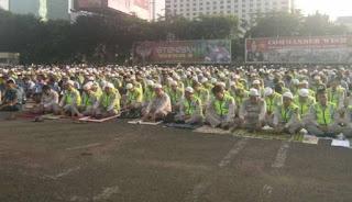 Subhanallah .. 2.500 Personel Gabungan TNI Dan Polri Gelar Doa Bersama