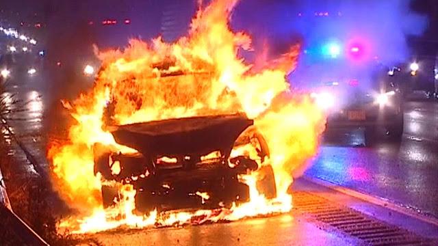 Πέντε αυτοκίνητα κάηκαν στην Αττική χθες τη νύχτα