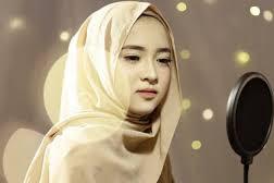 Profil Nissa Sabyan Populer Karena Doyan Nyanyi Musik Gambus.