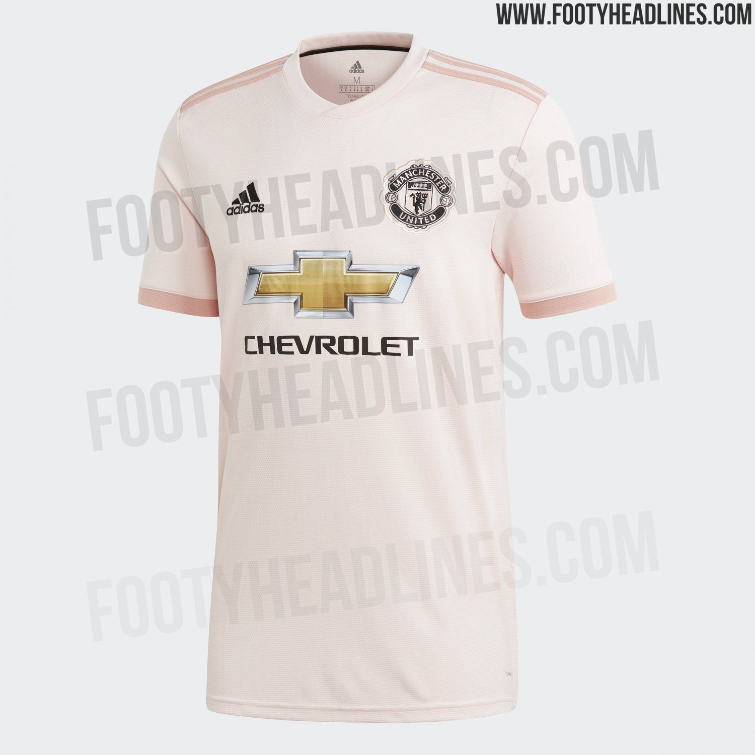 dbce23219 Pink Manchester United 18-19 Away Kit Is A Tribute to Now Discontinued  Manchester Evening News