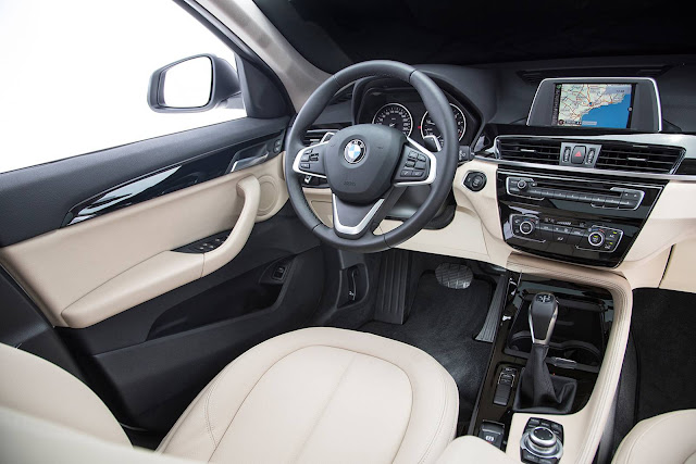 Novo BMW X1 2016 - interior