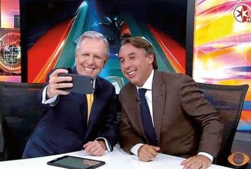 López Dóriga, selfie