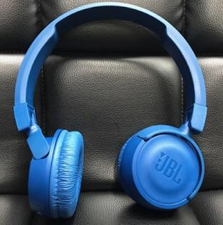 5 Headset Bluetooth Terbaik 2018 / 2019