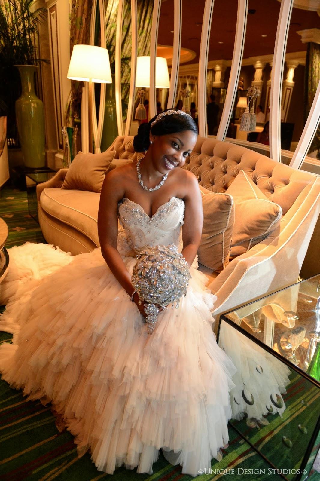 Tiffany Cook Events: OMG Unbelievable Las Vegas Wedding