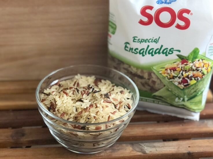Ensalada de arroz con aguacate y vinagreta de menta