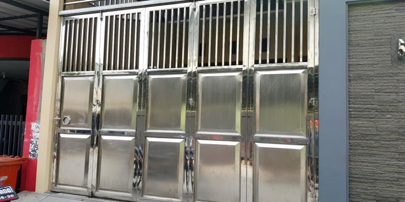 Pintu pagar stainless modern aluminium