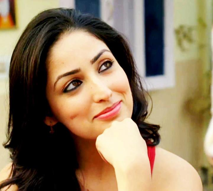 Rohit Name 3d Wallpaper Hd Wallpapers Yami Gautam Looks Great