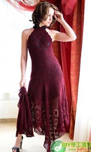Выходное платье связанное крючком.