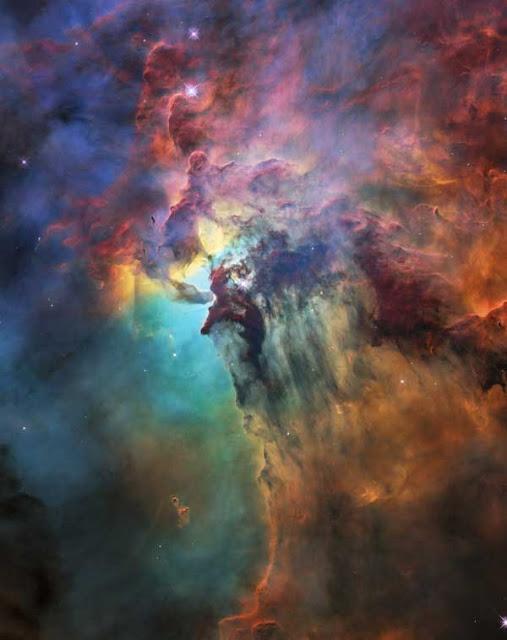 Nebulos da Lagoa registrada em luz visível e no infravermelho