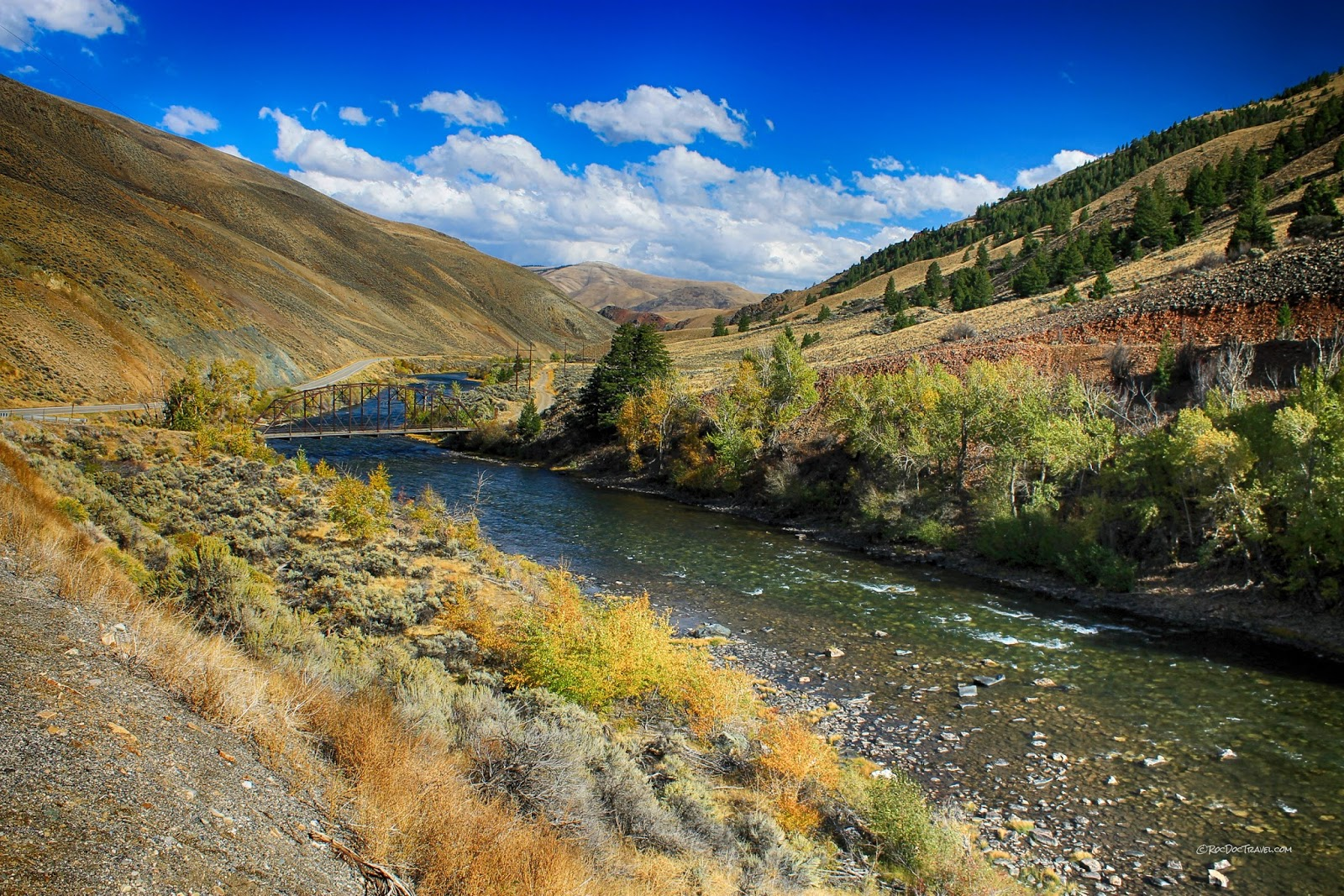 Salmon River Idaho geology field trip travel copyright RocDocTravel.com