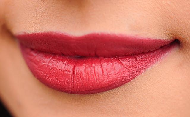 cara mudah memerahkan kembali bibir
