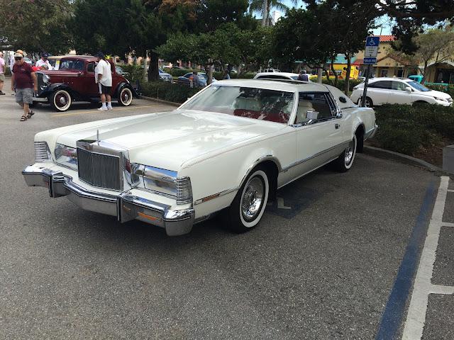 Cadillac coupé de ville 1970