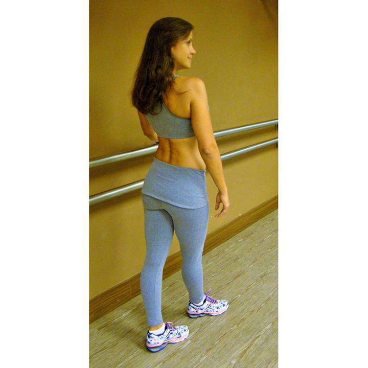 Treine com conforto e estilo. Acesse  www.linhadaguapraiafitness.com.br ·    fitness   academia   uselinhadagua   linhadaguapraiafitness c9d6944393e