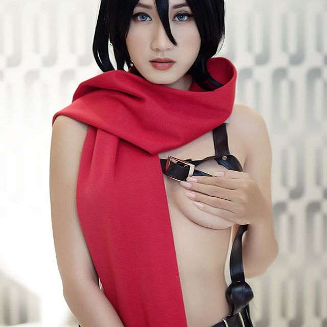 Cosplayer Cantik Seksi Ini Bikin Jatuh Hati Para Lelaki!