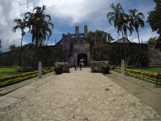 Twin city tour in Cebu stop: Fort San Pedro