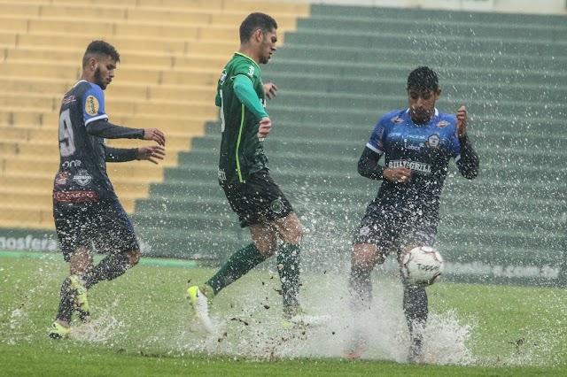 Ypiranga decepciona em empate debaixo de muita chuva