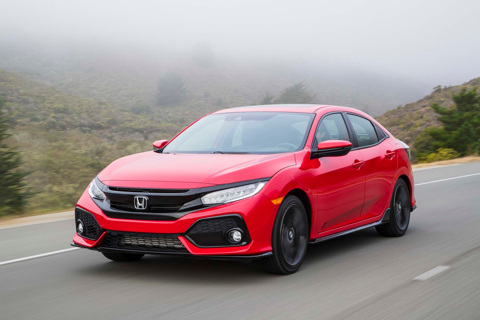 The 2017 Honda Civic Is Offered In Three Body Variations Sedan Coupe And Re Emerged Hatchback A Well Known Esteemed Manufacturer