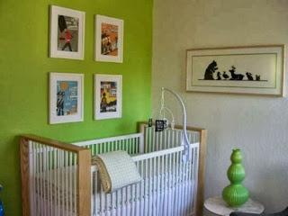 habitación bebé verde blanco