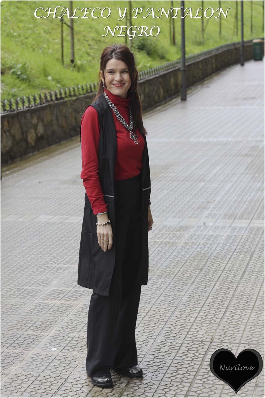 chaleco largo con pantalón negro