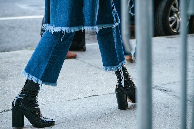 style blogger : NYFW street style blue crush