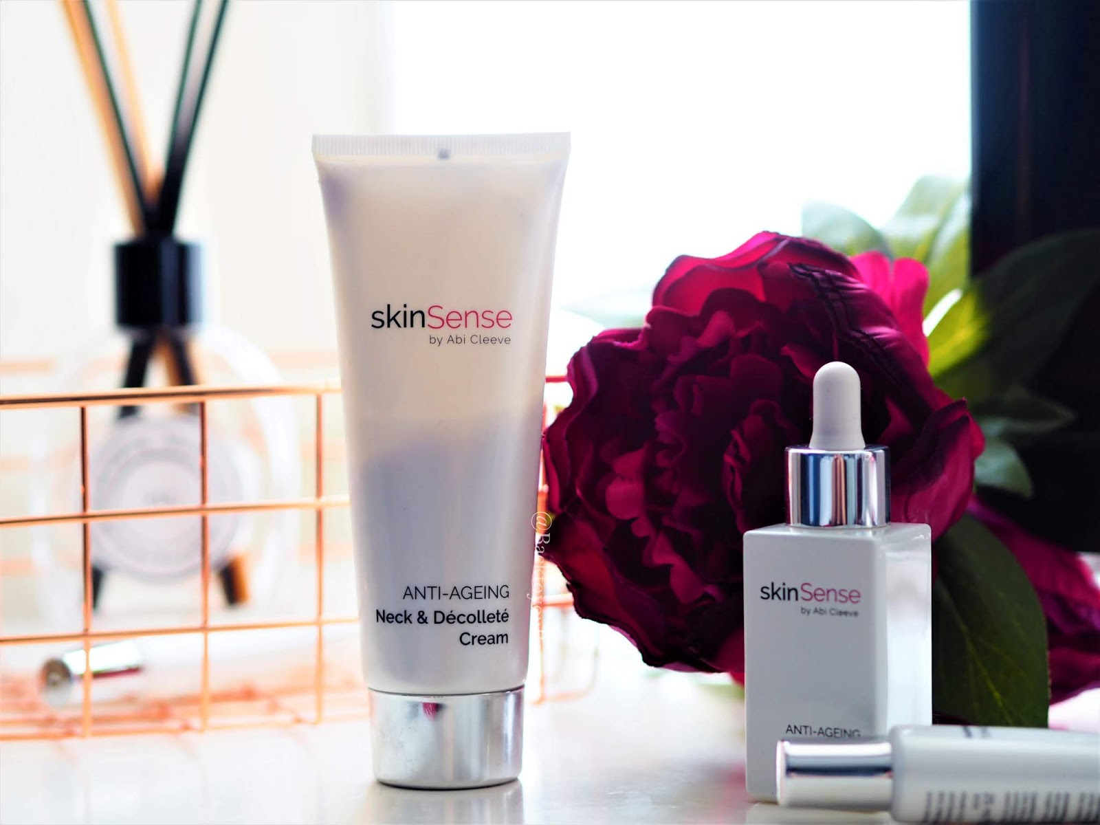 Skinsense Neck & Decollete Cream