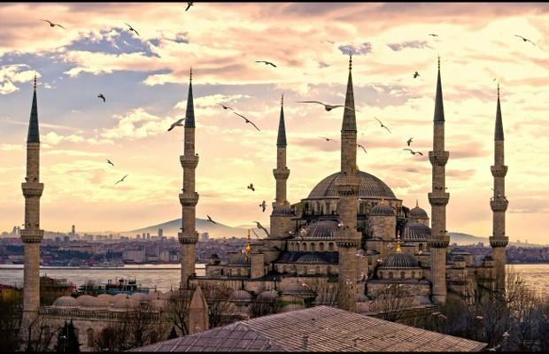 برنامج سياحي تركيا واليونان 9 ايام 8 ليالي  Istanbul-blue_35fc