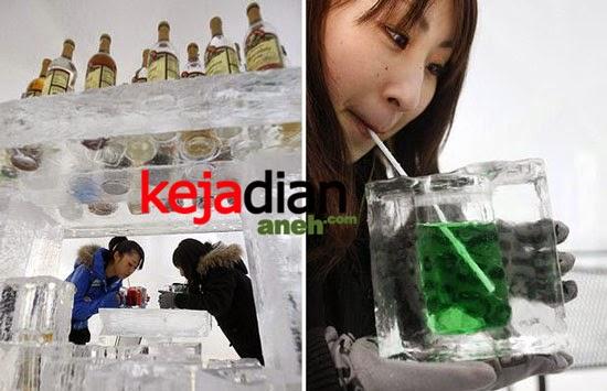 ice hotel in Alpha Resort Tomamu's ice village