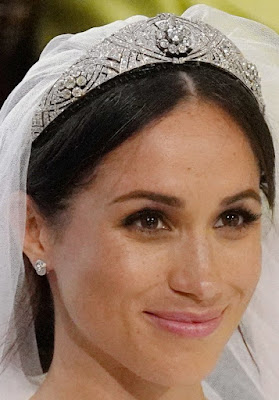 diamond filigree bandeau tiara queen mary meghan markle united kingdom