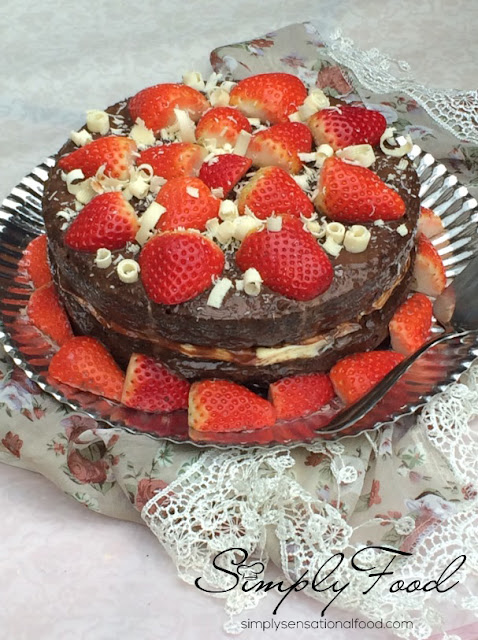 Juicy Chocolate Cake Recipe