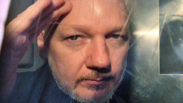 """""""Ecuador entregará pertenencias de Assange a Justicia de EEUU"""""""