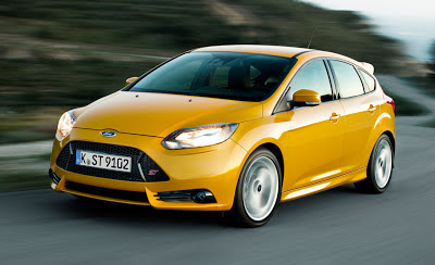 Ford Focus ST - coches y motos 10