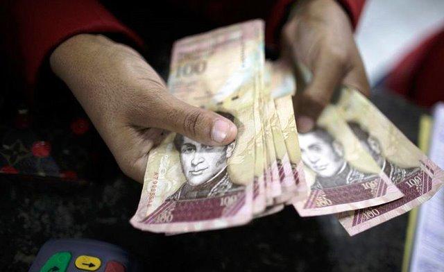 Presidente Maduro anuncia que salen de circulación billetes de 100 bolívares en 72 horas