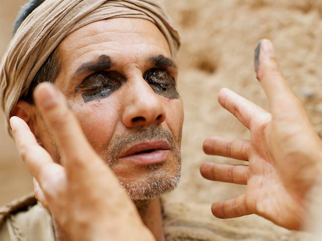 Diaporama et visuels Free Bible images sur le récit de l'aveugle de Siloé sur le site www.freebibleimages.org