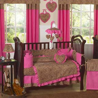 dormitorio bebé rosa marrón
