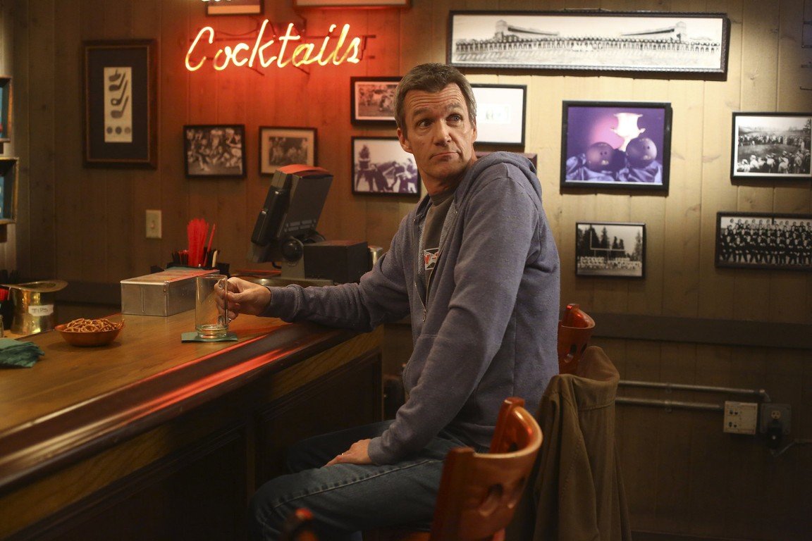 The Middle - Season 6 Episode 20: Food Courting