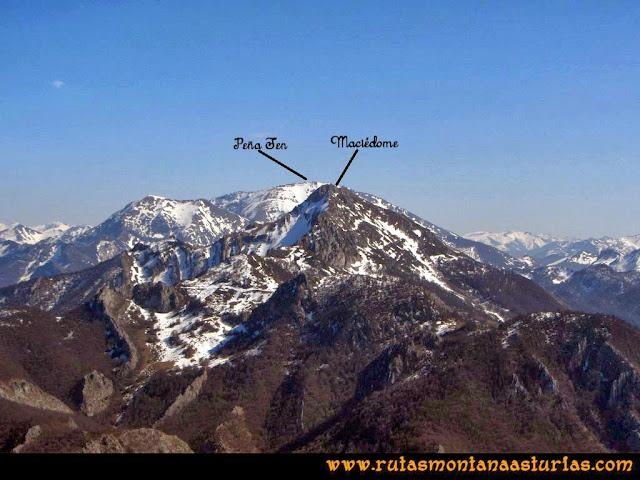 Ruta Requexón Valdunes, la Senda: Desde la Senda, vista de Peña Ten y Maciédome
