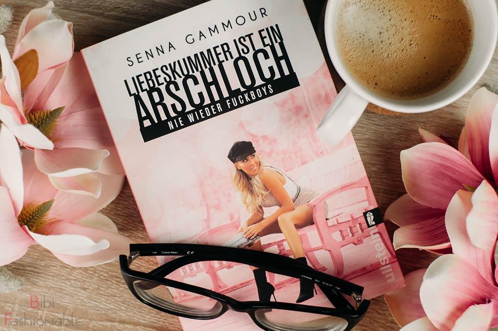 Senna Gammour - Liebeskummer ist ein Arschloch nie wieder Fuckboys Flatlay