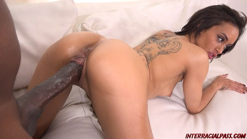 Red tube bisexual threesome