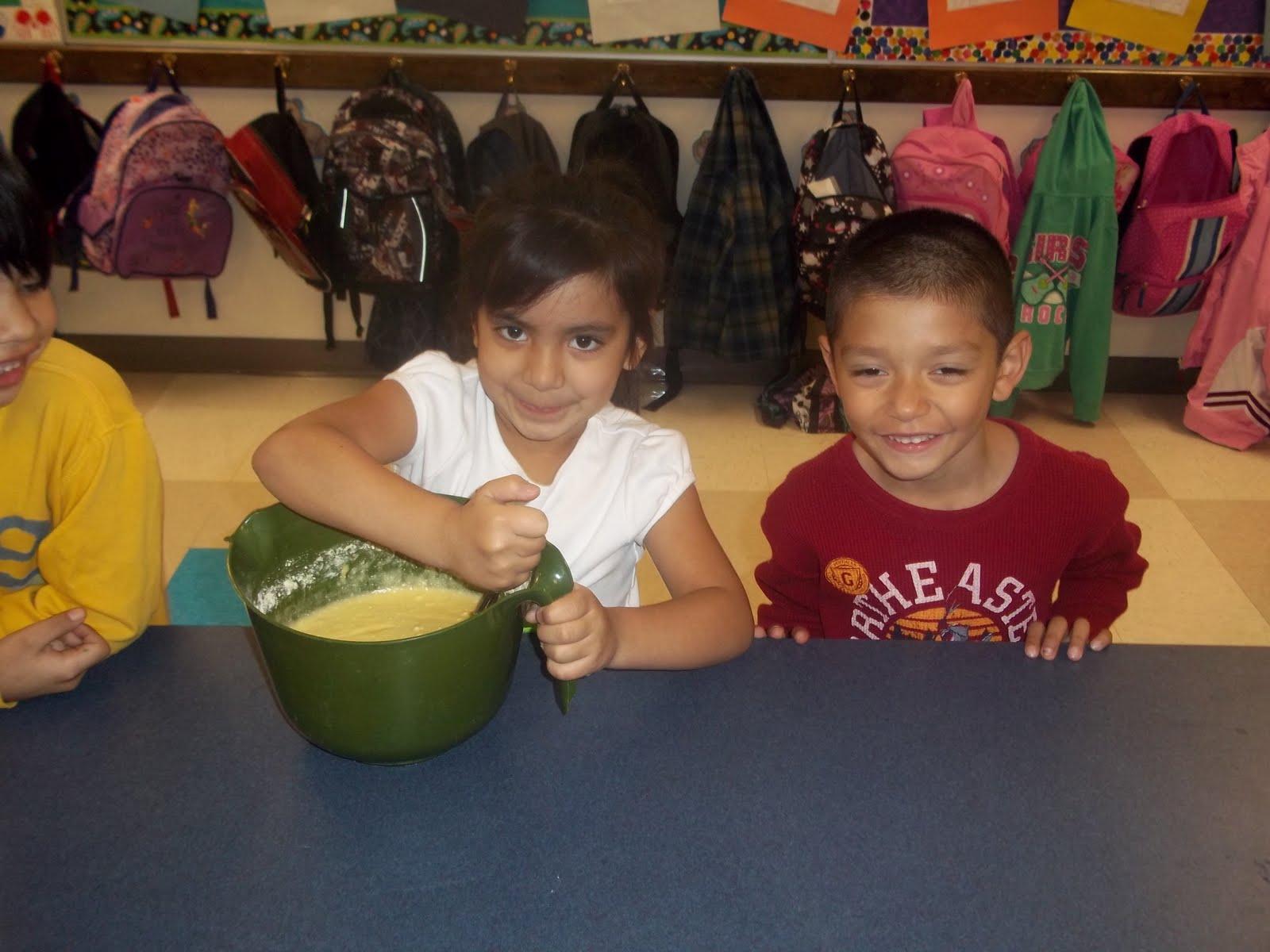 Kinder Garden: Mrs. Wood's Kindergarten Class: Upside Down Day