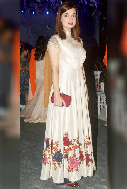 Dia Mirza in Off White Gown at Lakme Fashion Week 2016