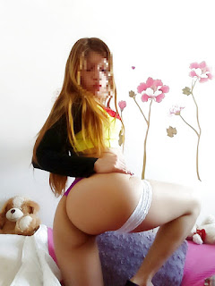 chicas culonas sacándose fotos desnudas