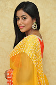 poorna gorgeous photos gallery-thumbnail-20