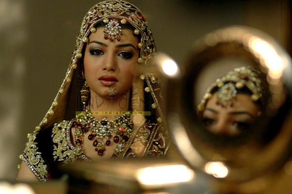 Ayesha Takia Marriage Wedding Dress Pictures Pics