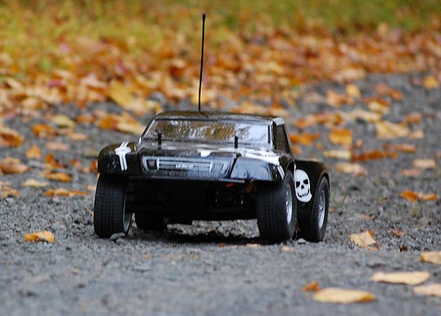Team Associated SC10 action photos
