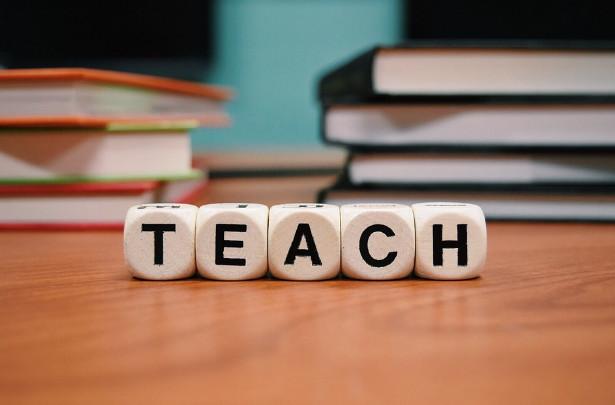 70 Berkas Administrasi Sekolah untuk Guru dan Tata Usaha