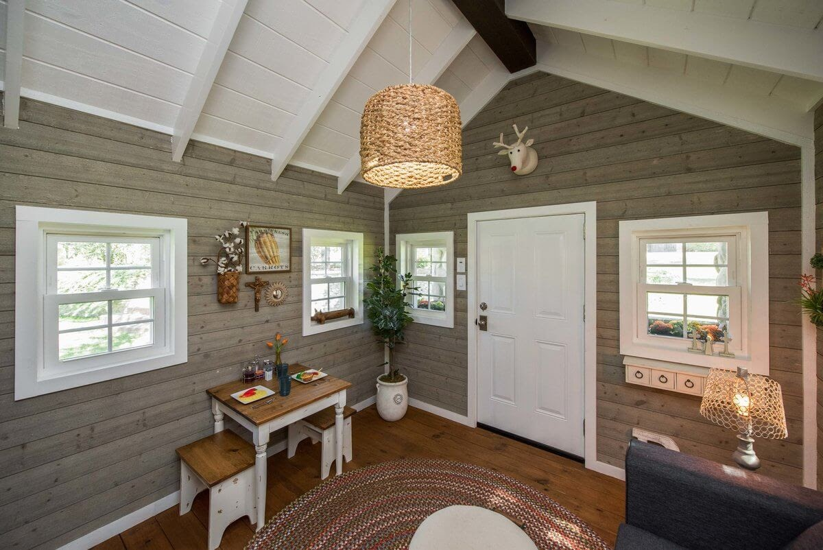 03-Dinner-Area-GDB-Architecture-Tiny-House-Playhouse-www-designstack-co