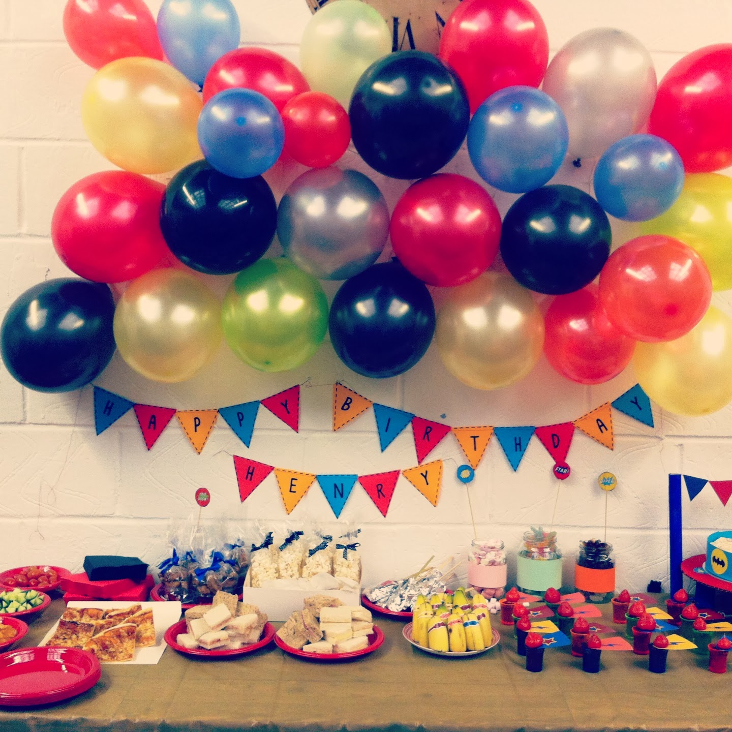 The Old School Club: Children - Decorations For Childrens Parties's parties: Superhero party preparations