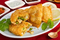 http://allrecipescorner.blogspot.com/2013/09/vegetable-samosas-recipe.html
