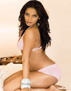 Neetu Chandra Hot Photos