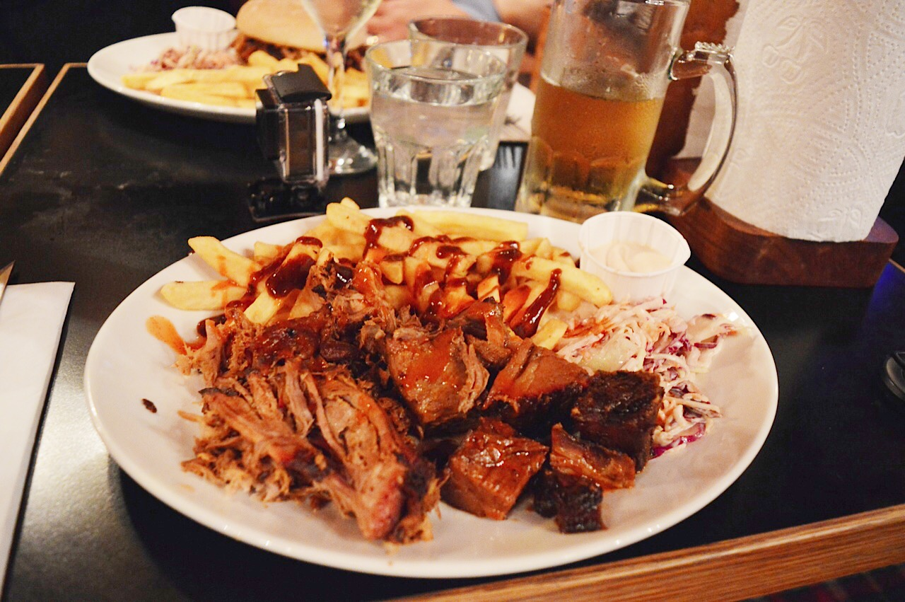 Bodean's BBQ bar review, lifestyle bloggers, food bloggers, FashionFake blog